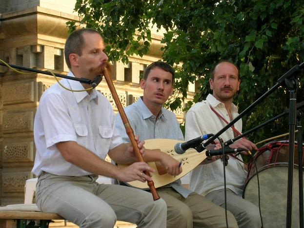 The Sultu Band - Moldavian Csango Folkmusic, Hungary