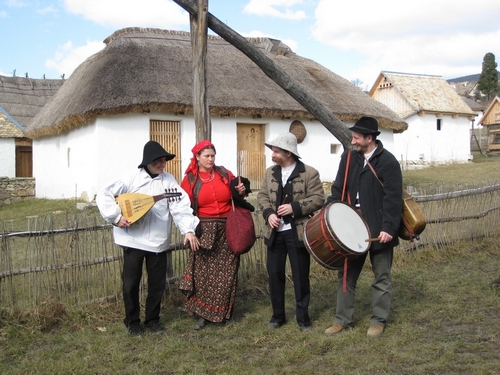 Sultu Band - folk music from Hungary